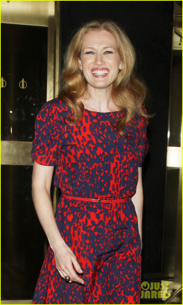 mireille enos world war z promo in new york 08