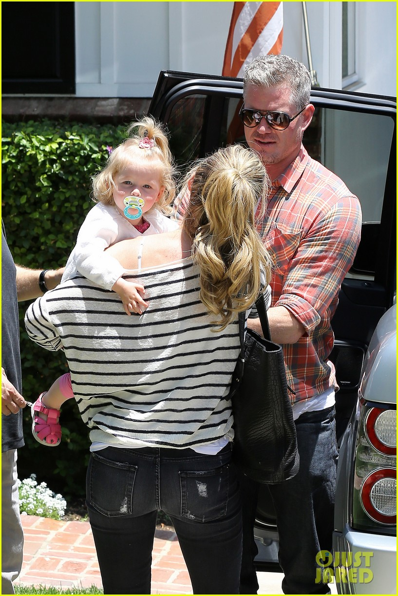 eric dane rebecca gayheart spend sunday with the girls 15