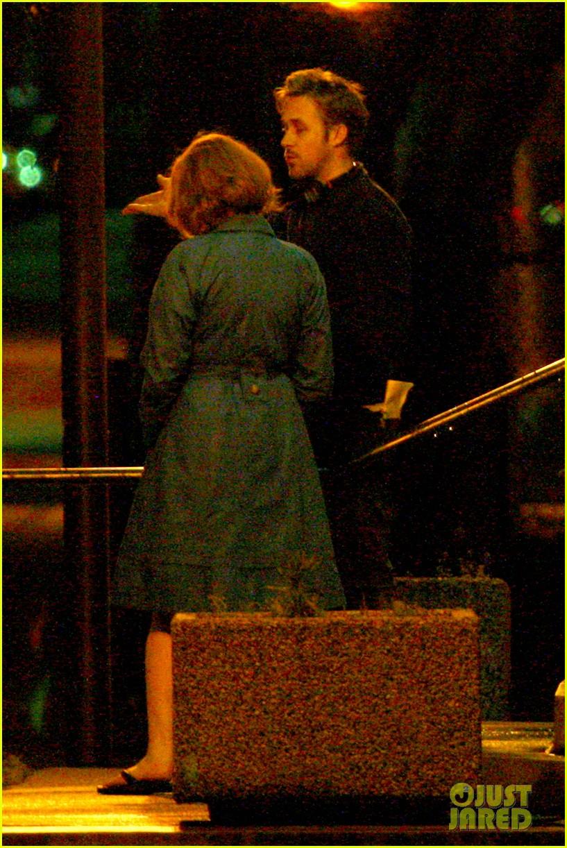 ryan gosling christina hendricks late night on monster set 08