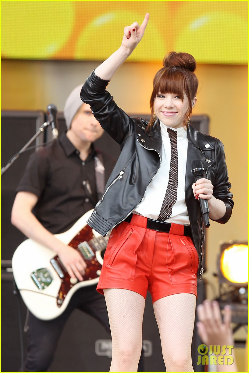 carly rae jepsen rocks good morning america 352891270