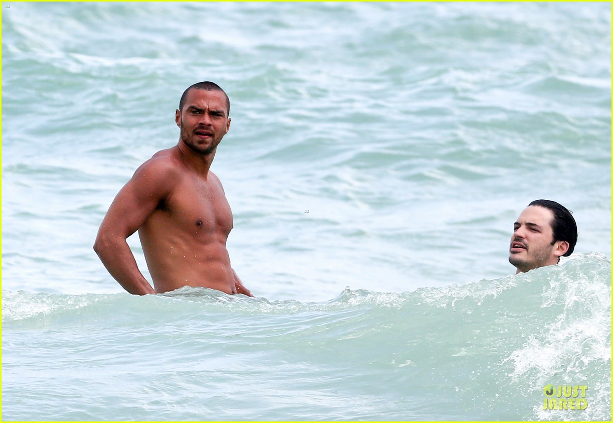 jesse williams shirtless miami vacation 112890389