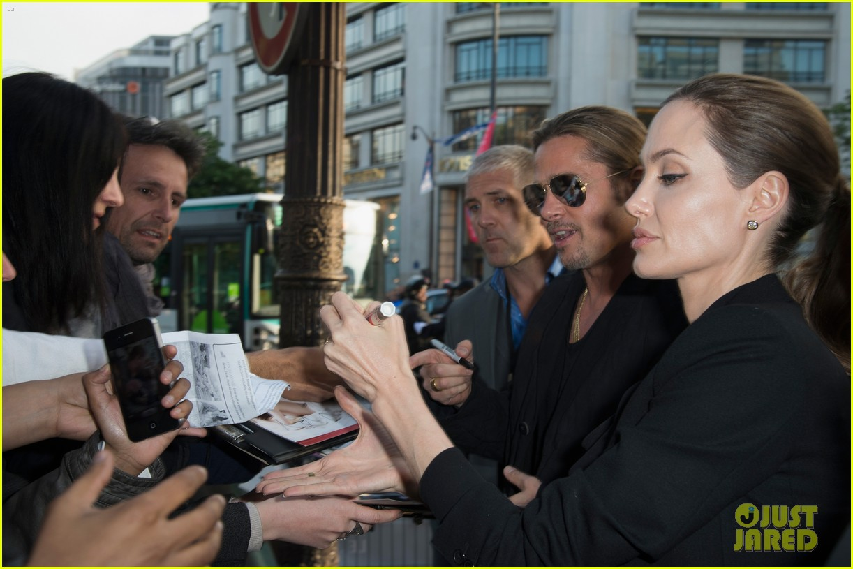 angelina jolie brad pitt world war z paris premiere 22