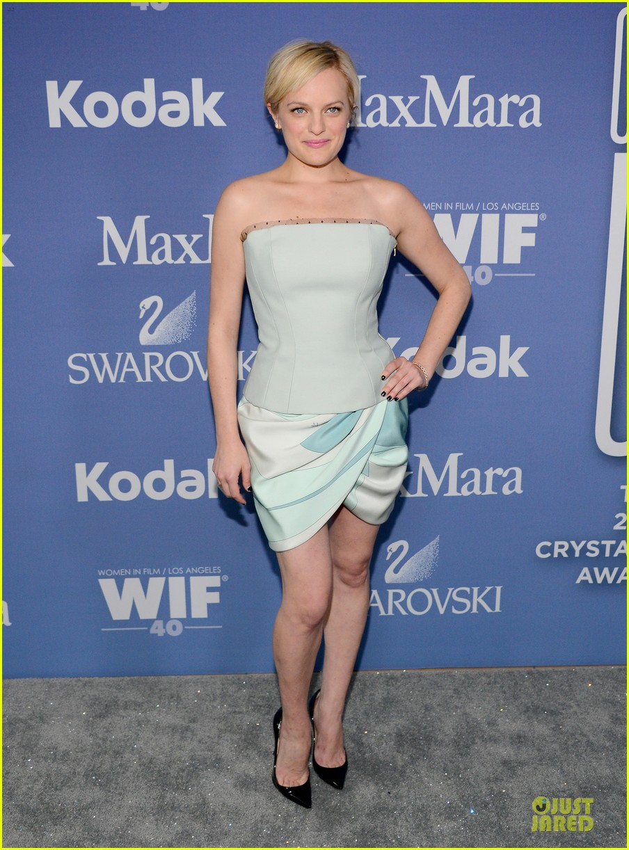 january jones elisabeth moss crystal lucy awards 2013 red carpet 032890090