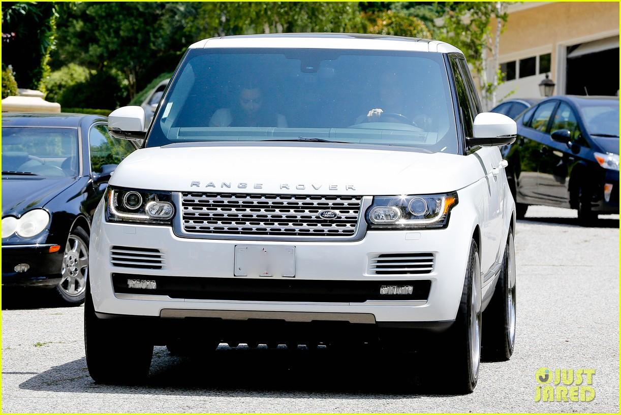 kim kardashian kanye west baby shower photos 16