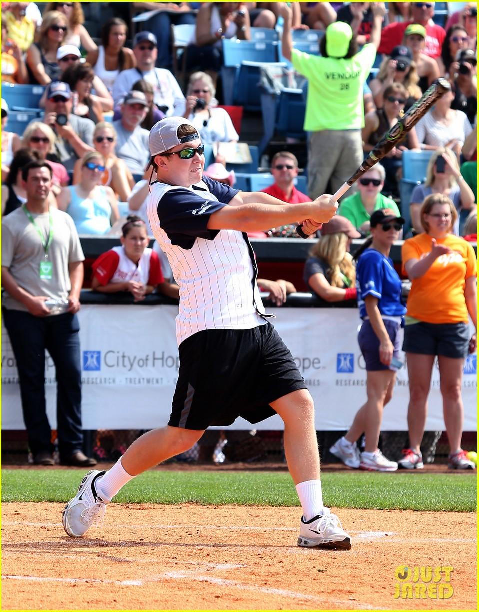 kree harrison lauren alaina celebrity softball with scotty mccreery 05