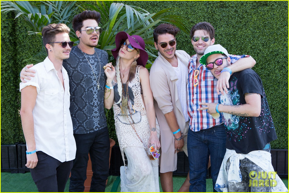 adam lambert hammer time at just jared summer kick off party presented by mcdonalds 17