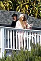 lindsay lohan rehab center bonding with friends 09