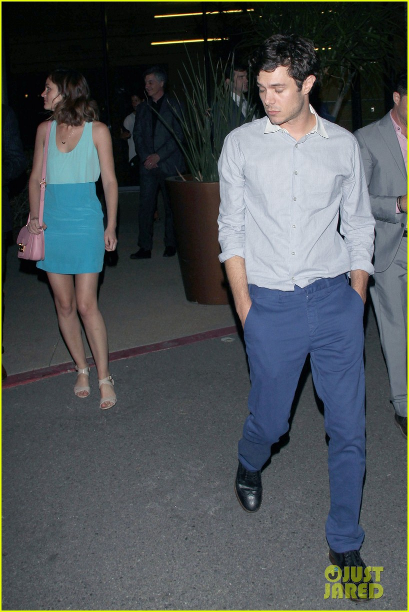 leighton meester brickyard couple after some girls premiere 06