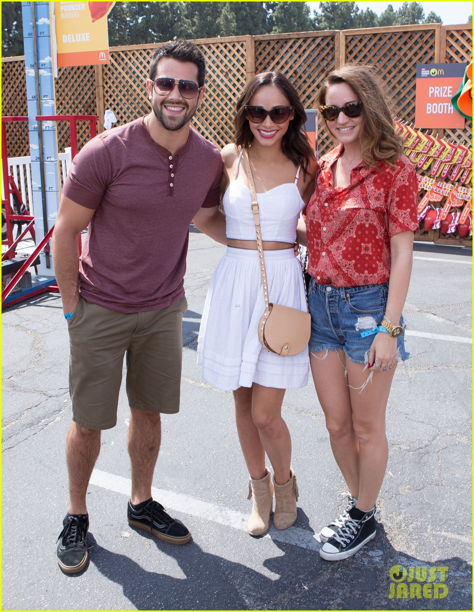 jesse metcalfe jaimie alexander just jared summer kick off party 05