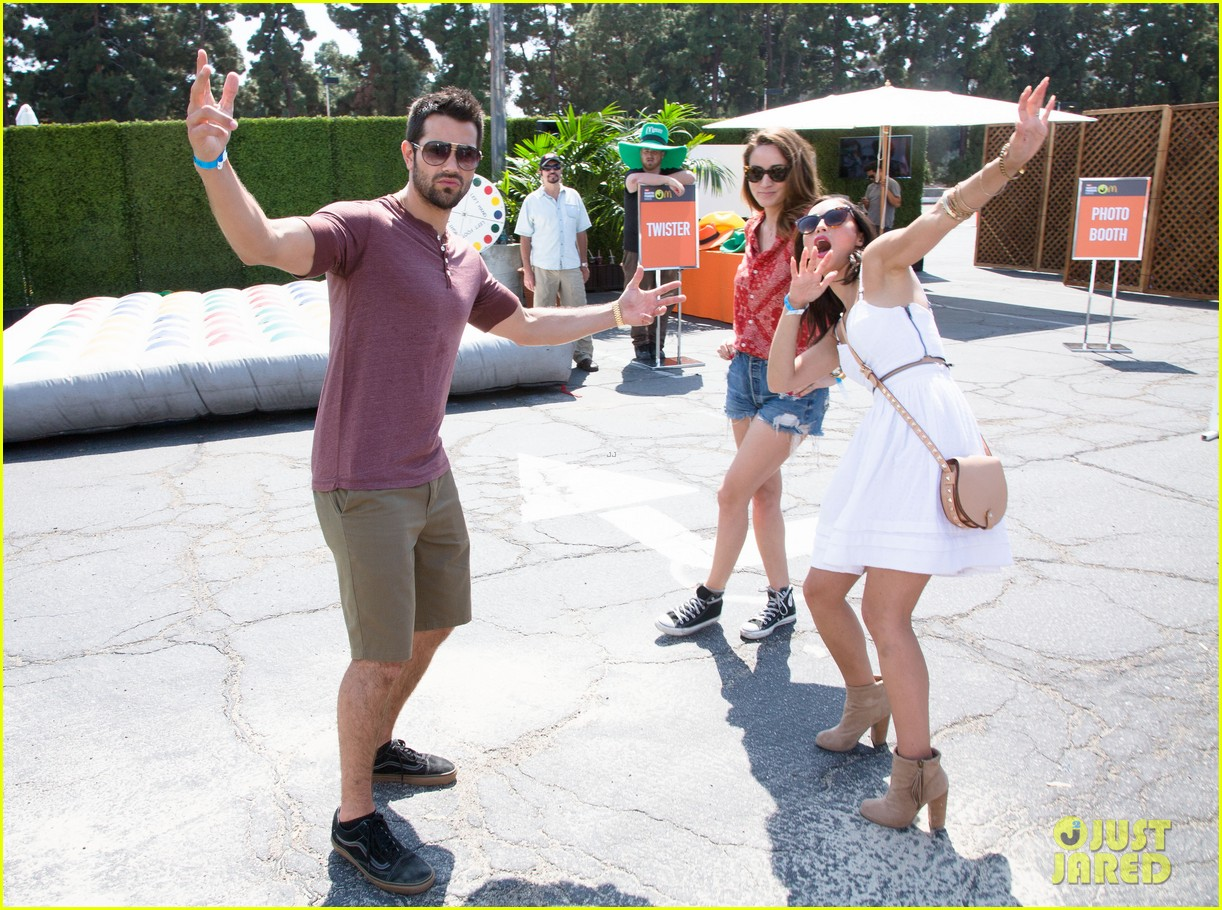jesse metcalfe jaimie alexander just jared summer kick off party 20