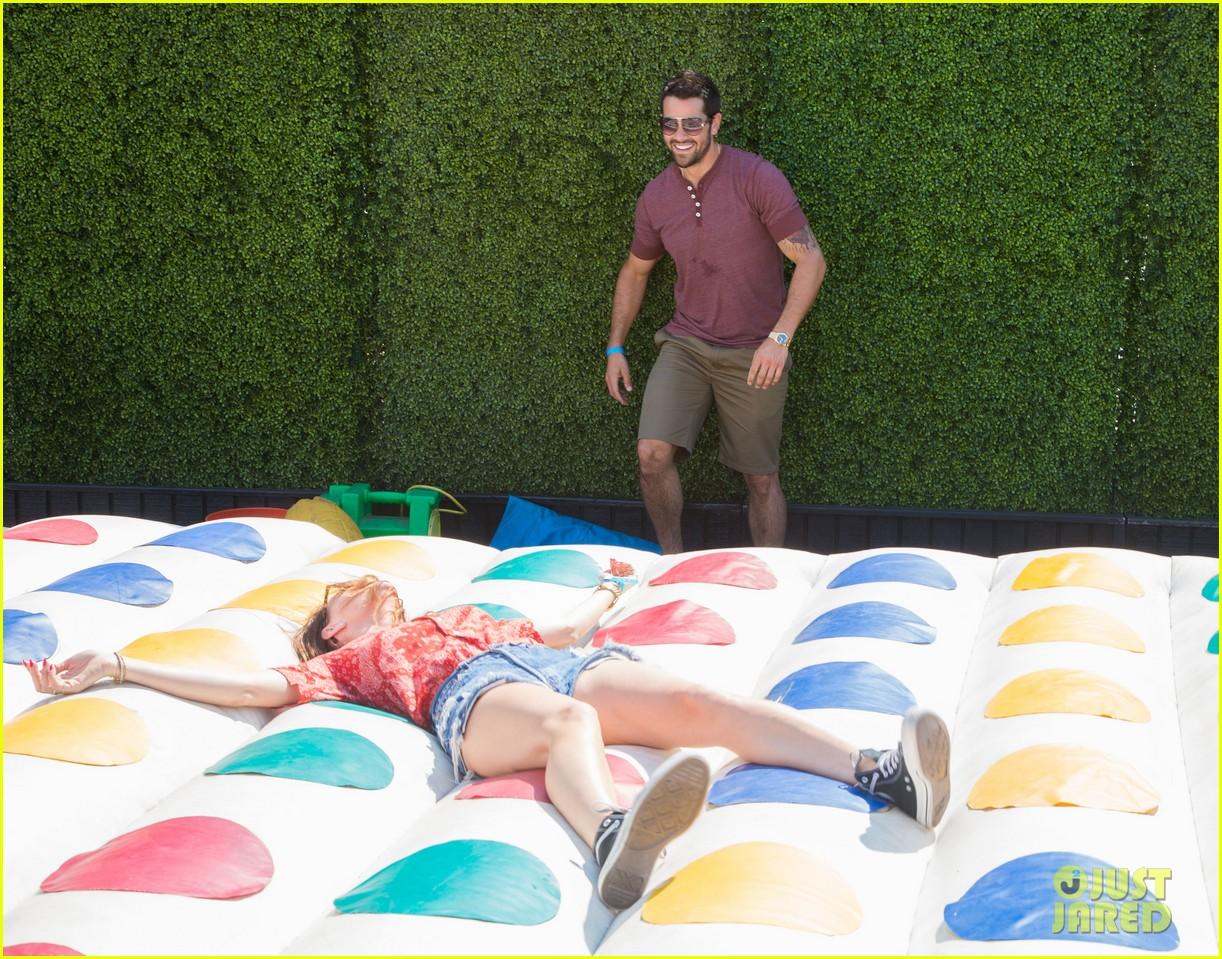 jesse metcalfe jaimie alexander just jared summer kick off party 23