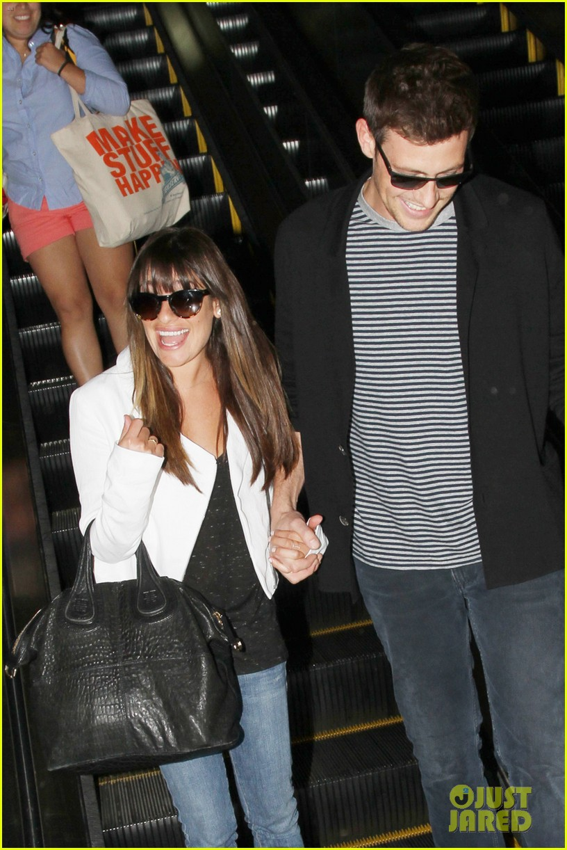 lea michele cory monteith hold hands at lax airport 02