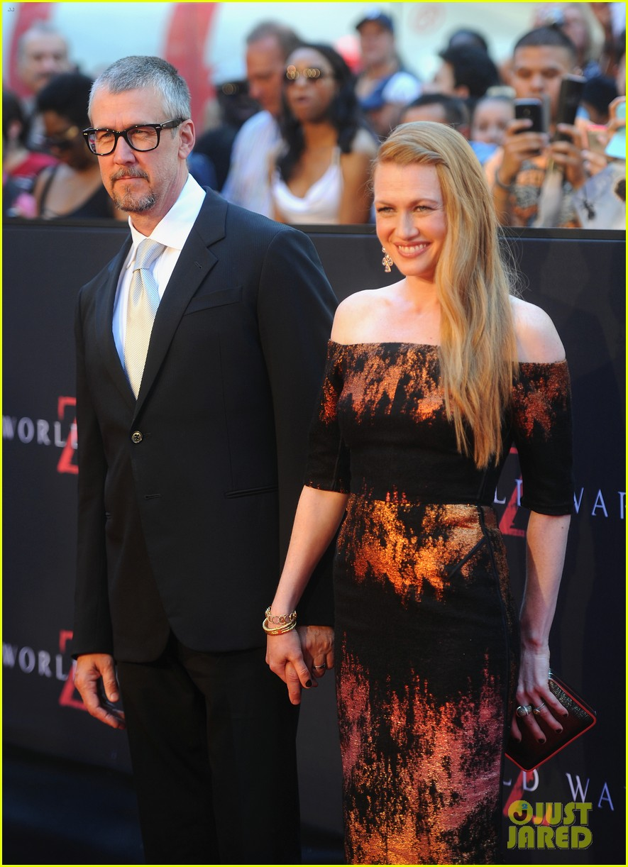 mireille enos james badge dale world war z premiere 102893222