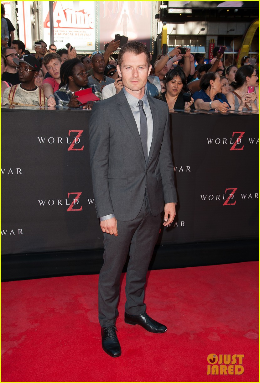 mireille enos james badge dale world war z premiere 19