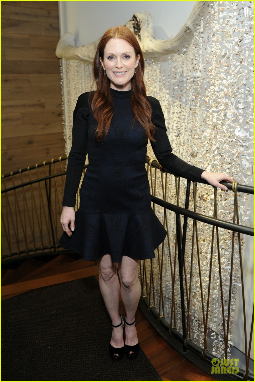 julianne moore dujour magazine summer issue cover party 08