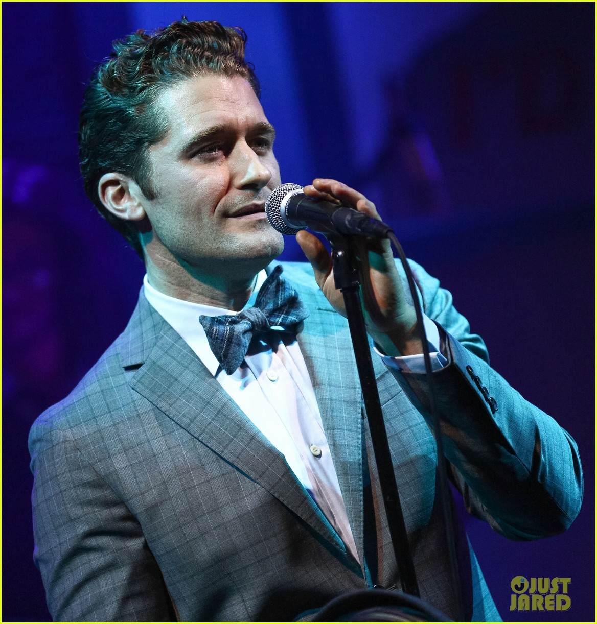 matthew morrison friends family show with colton haynes 08