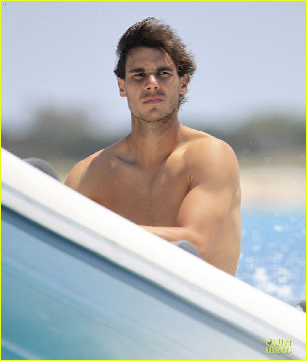 rafael nadal shirtless ibiza vacation with maria francisca perello 35