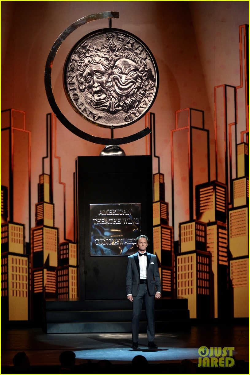 neil patrick harris tony awards opneing number watch now 032887942