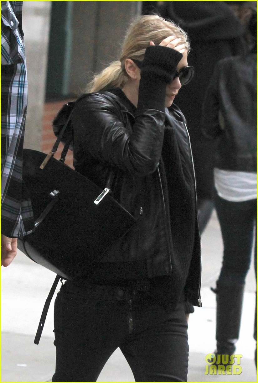 mary kate ashley olsen step out on 27th birthday 182890722