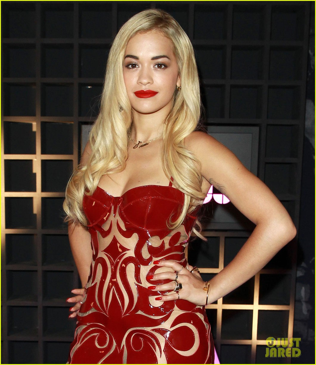 rita ora sony xperia access launch party 042894224