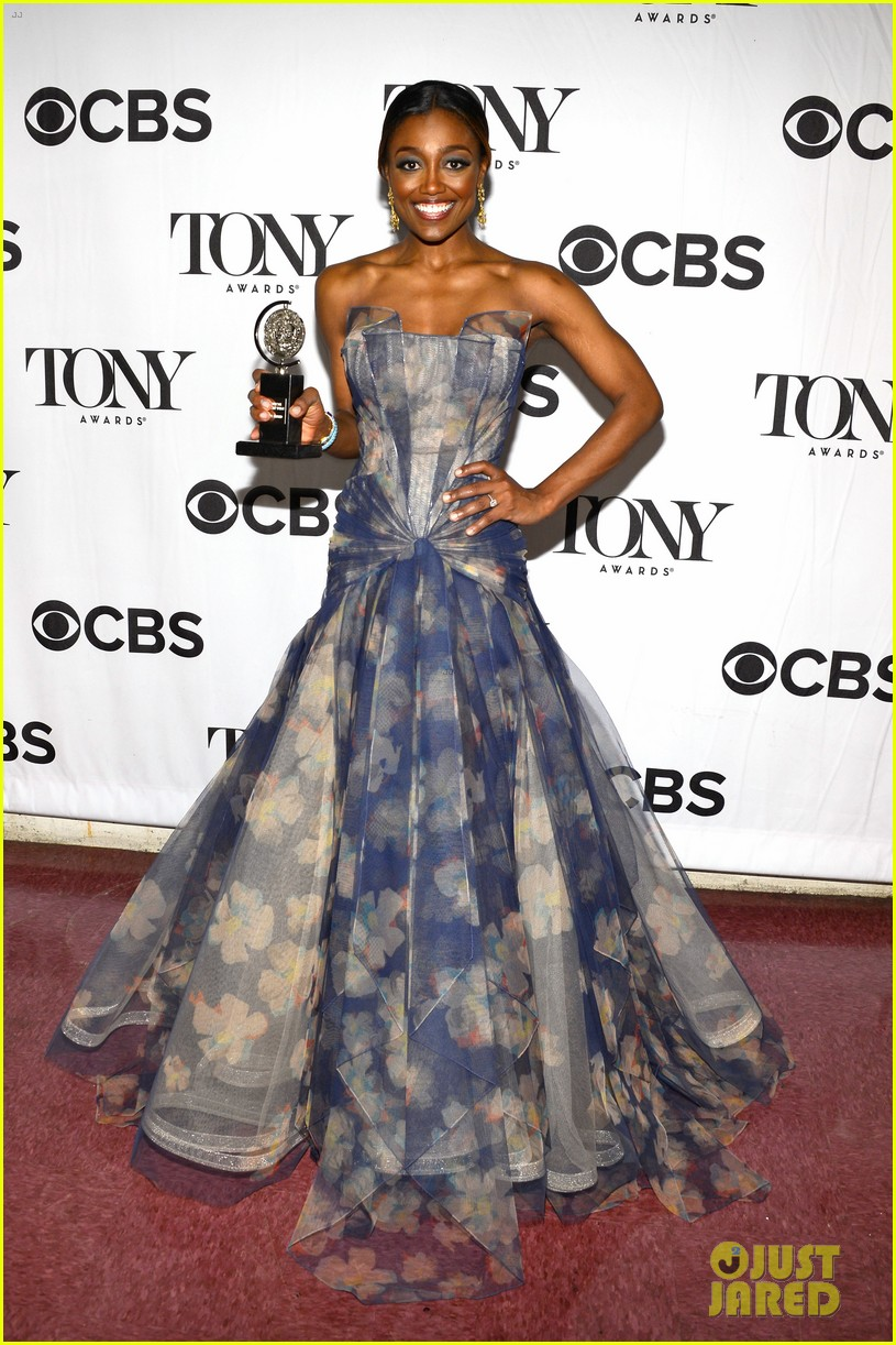 patina miller pippin tonys performance 2013 video 012888063