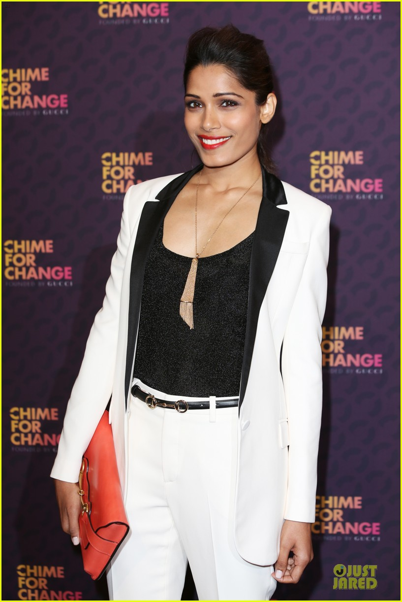 freida pinto john legend chime for change concert media room 07