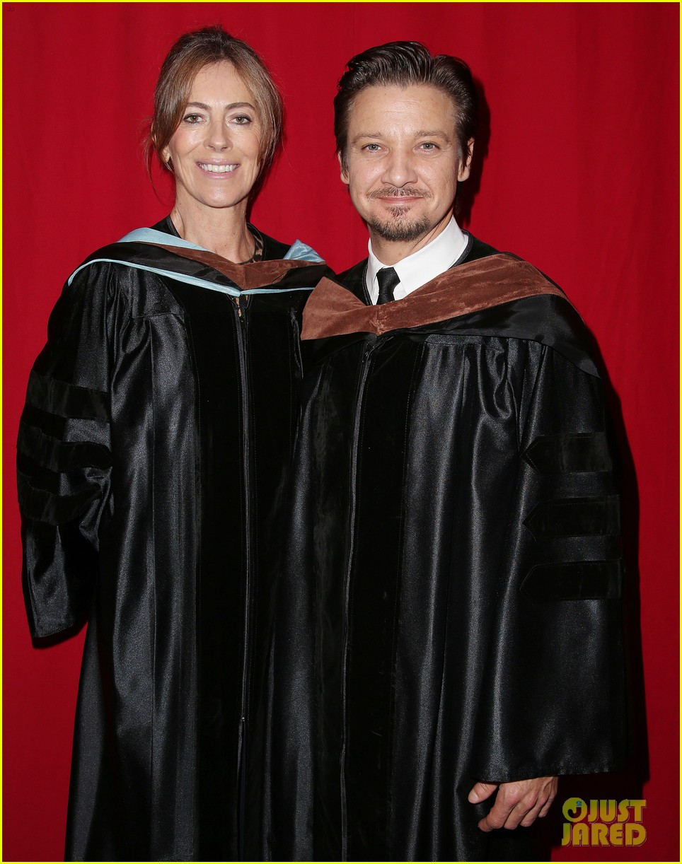 jeremy renner afi conservatory commencement ceremony 032890356