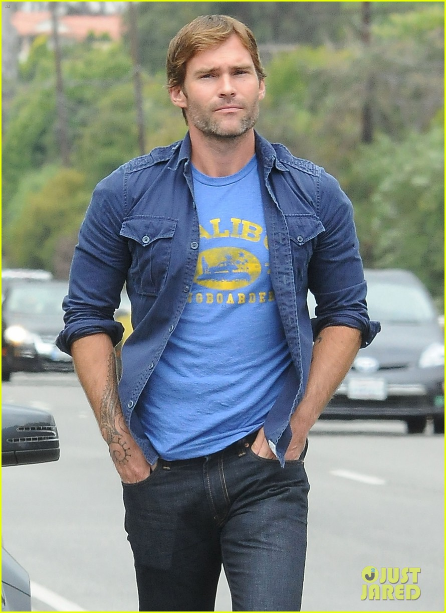 seann william scott to star in courteney cox directorial debut 042897673