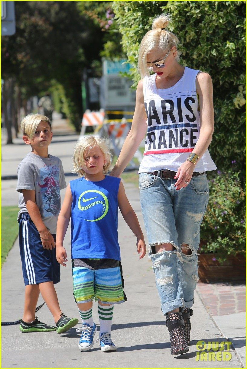 gwen stefani gavin rossdale ice cream with the kids 162899423