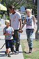 gwen stefani gavin rossdale ice cream with the kids 33