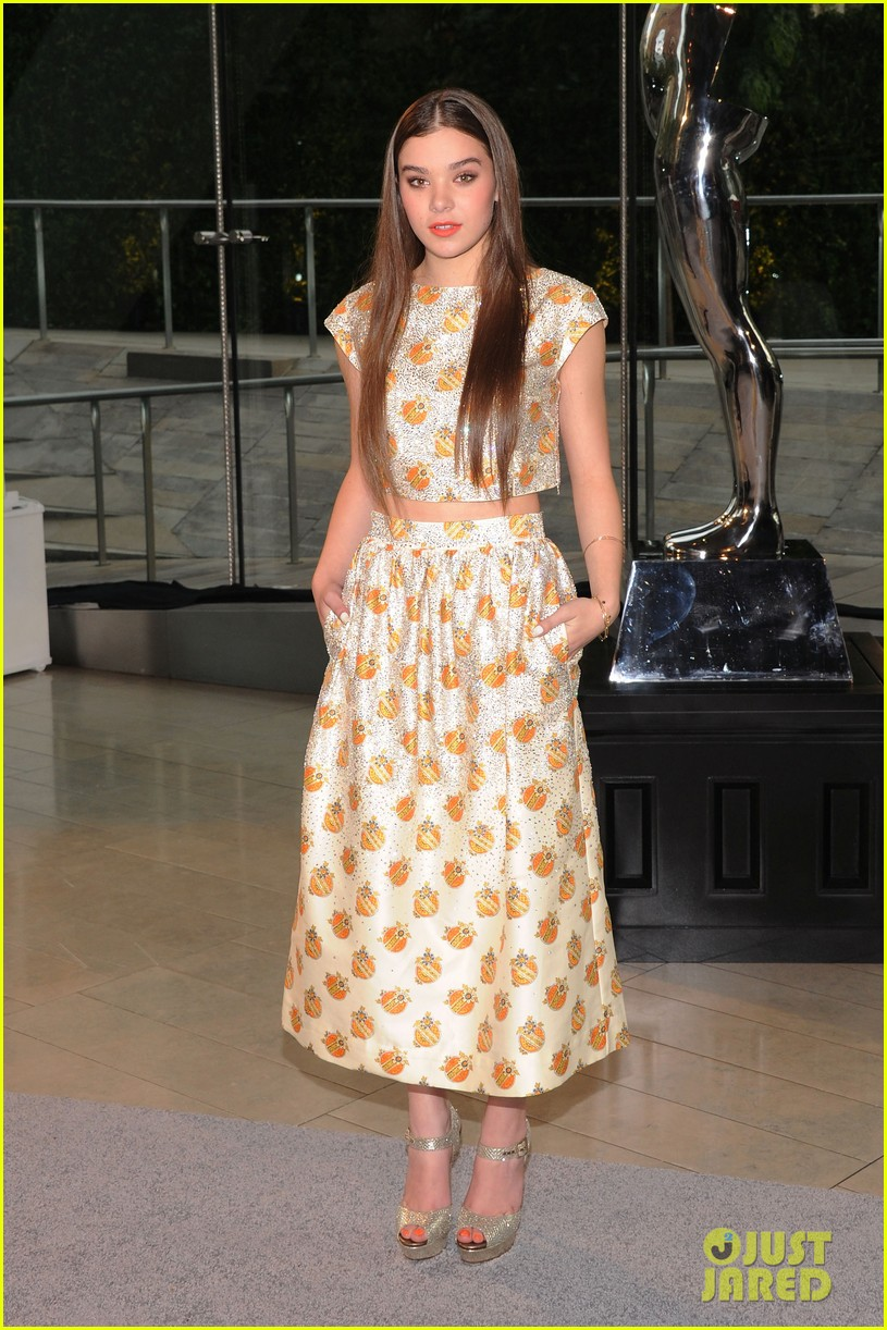 hailee steinfeld douglas booth cfda fashion awards 2013 062883924