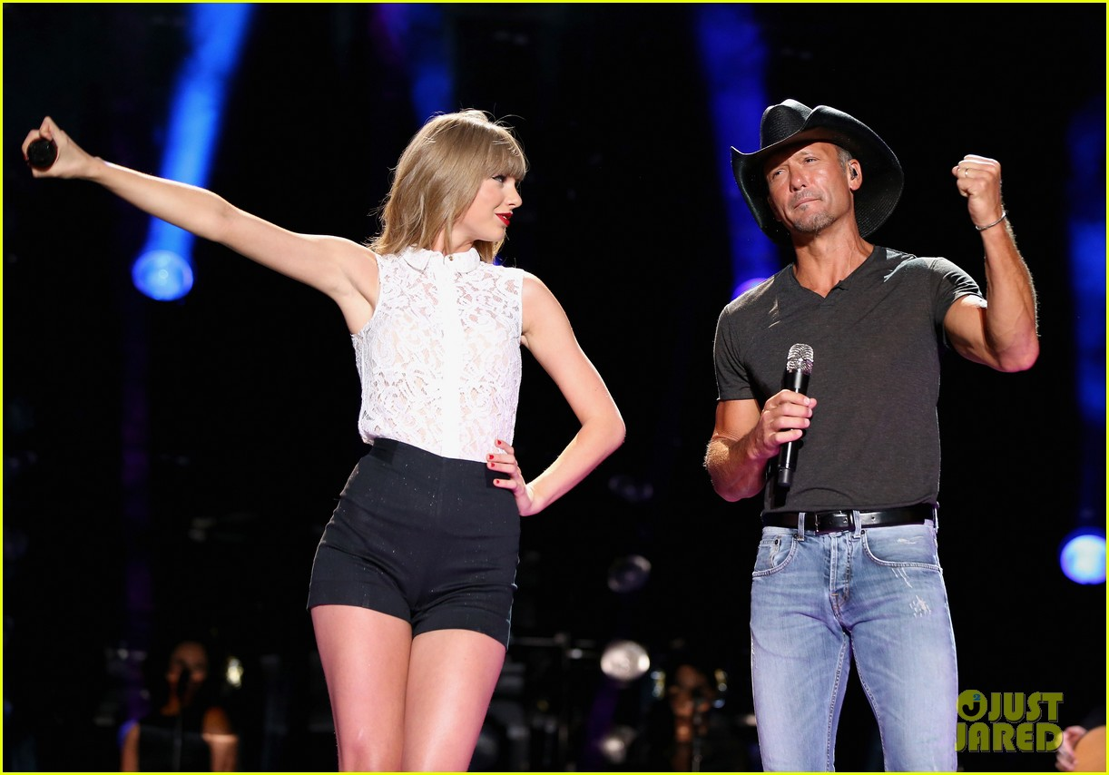 taylor swift keith urban tim mcgraw cma music festival 032886209