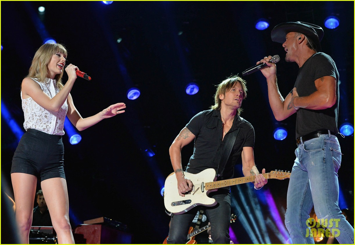 taylor swift keith urban tim mcgraw cma music festival 102886216