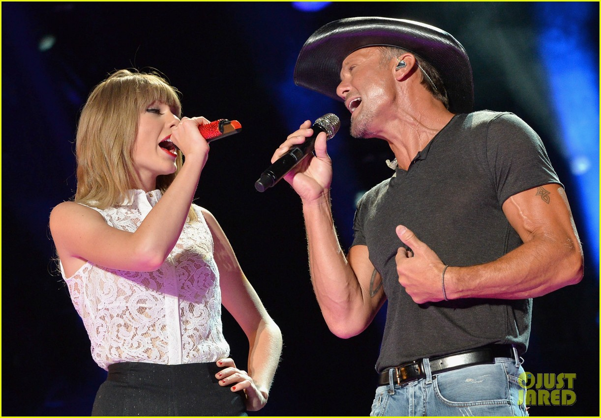 taylor swift keith urban tim mcgraw cma music festival 122886218