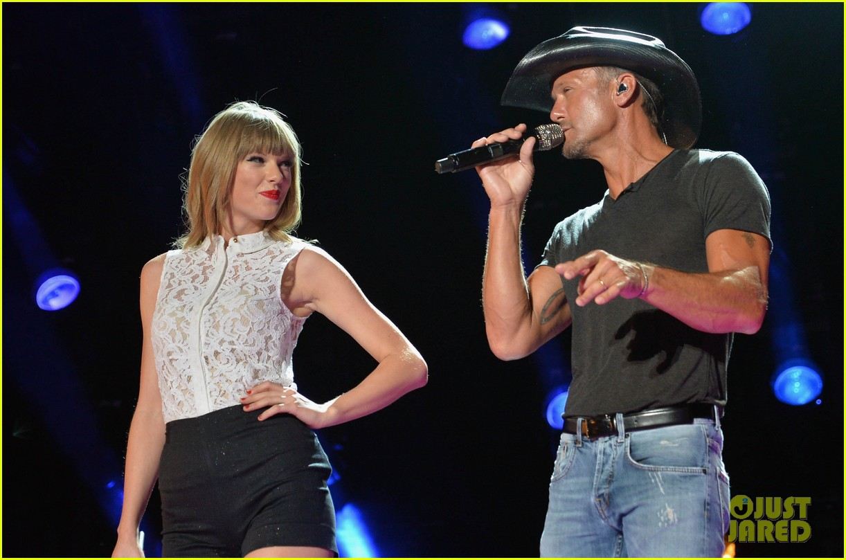 taylor swift keith urban tim mcgraw cma music festival 15