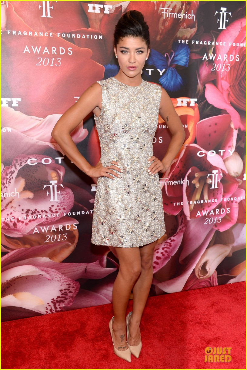 dita von teese jessica szohr fragrance foundation awards 2013 red carpet 062890001