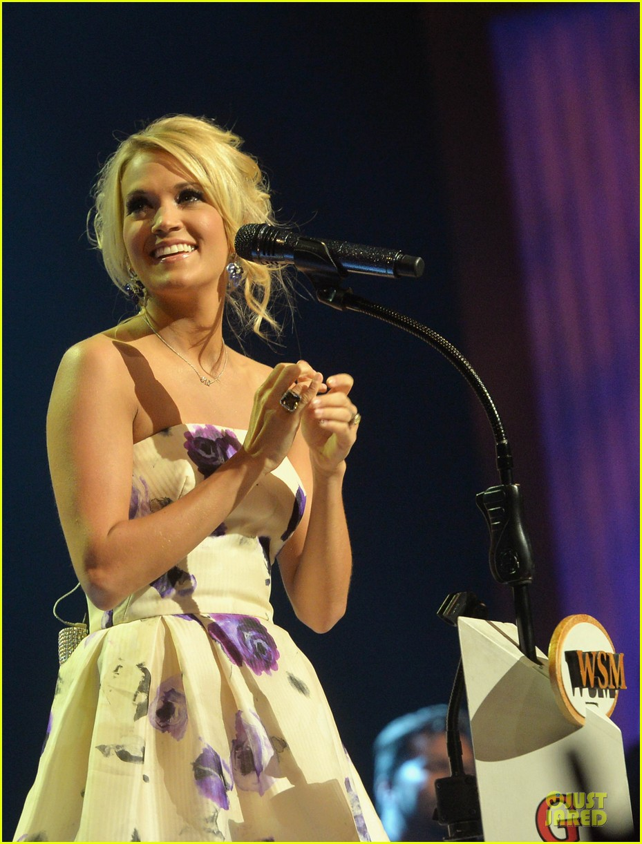 carrie underwood i love performing at the grand ole opry 09