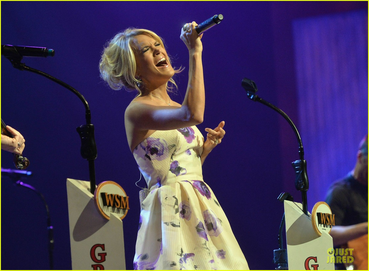 carrie underwood i love performing at the grand ole opry 11