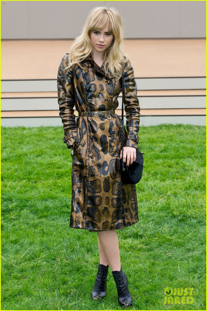 suki waterhouse serena williams burberry prorsum show 092893786