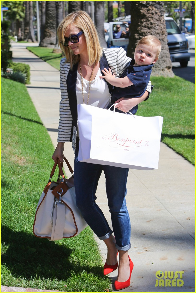 reese witherspoon playdate with tennessee 08