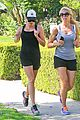 reese witherspoon smiling star workout 05