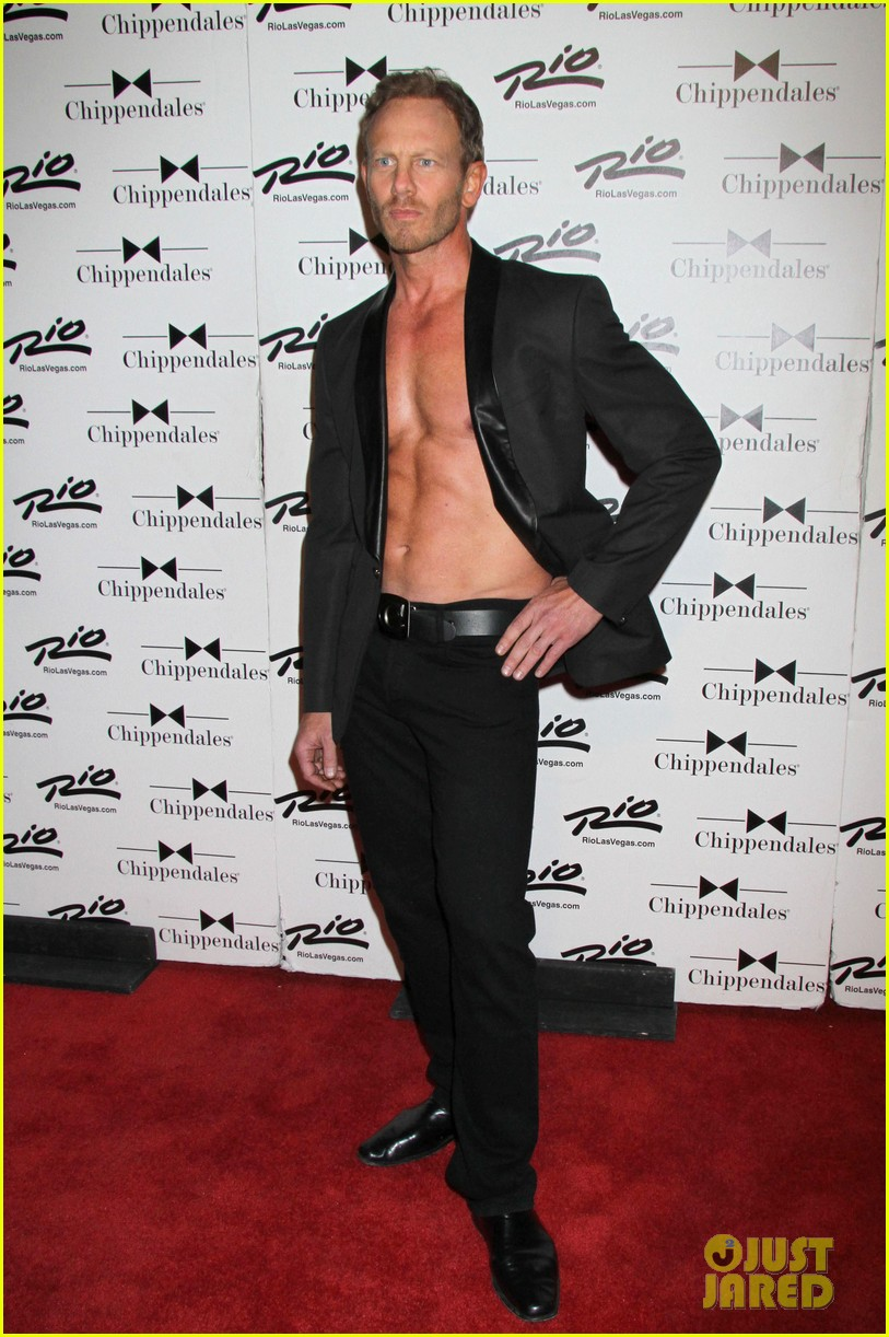 ian ziering shirtless chippendales debut 07