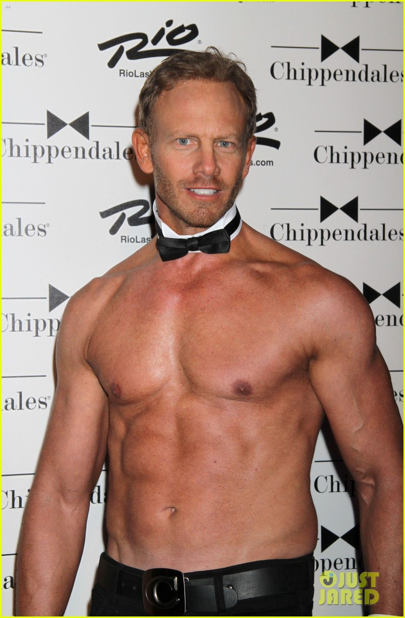 ian ziering shirtless chippendales debut 11