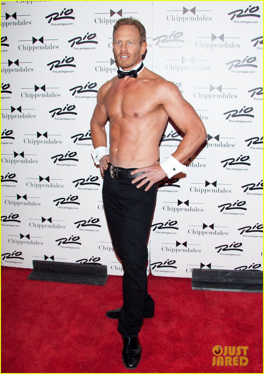 ian ziering shirtless chippendales debut 25