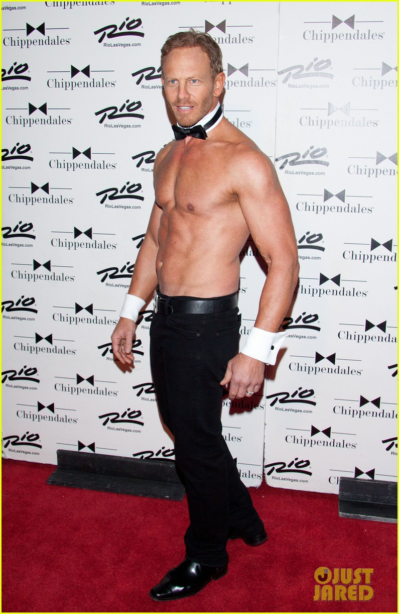 ian ziering shirtless chippendales debut 26