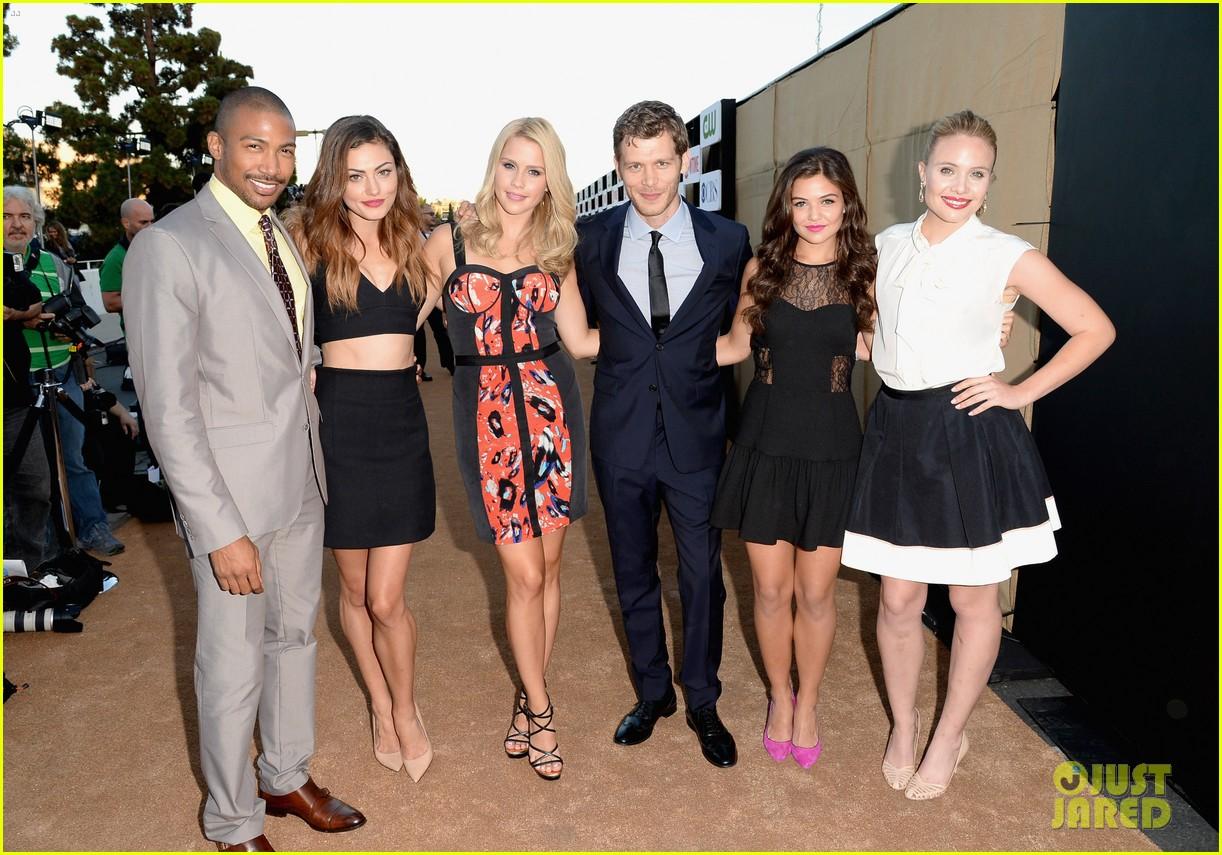 Emily Bett Rickards Boyfriend Robbie-amell-peyton-list-cws- ...