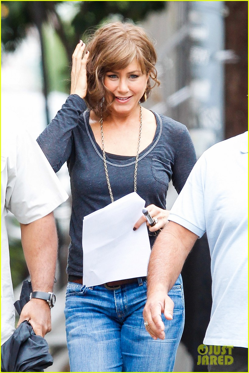 jennifer aniston bespeckled on squirrels set 102916811