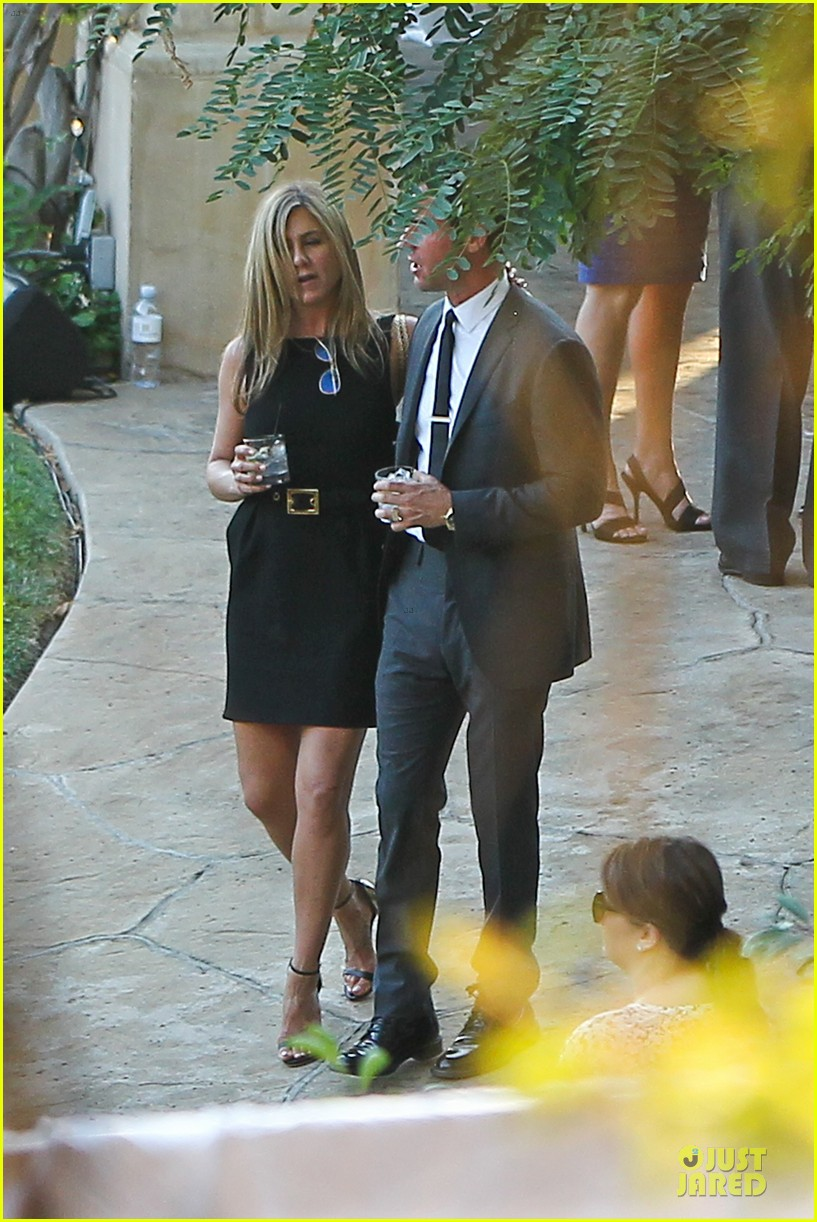 jennifer aniston justin theroux jimmy kimmel wedding guests 082909124