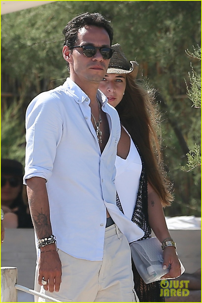 marc anthony chloe green club 55 in saint tropez 04