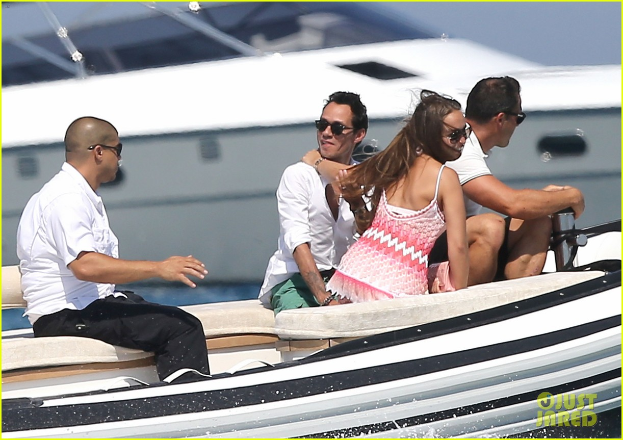 marc anthony chloe green st tropez vacation 02